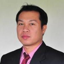 Dr.Teerayos1
